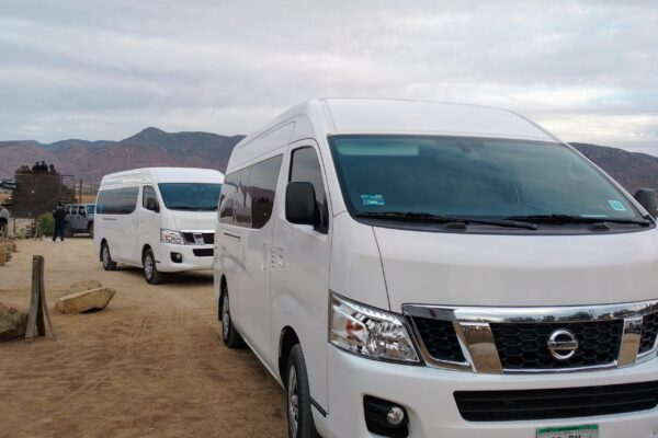 7 passenger van transportation shuttle in Baja California